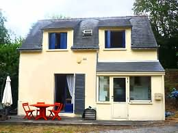 2 bedrooms house for sale in Morbihan 50 kilometers from the sea