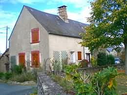 partly renovated house for sale in Creuse