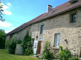 Farmhouse for sale in limousin with 832 sqm