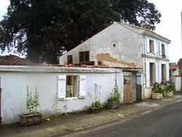 A village property in need of work in the Poitou Charentes