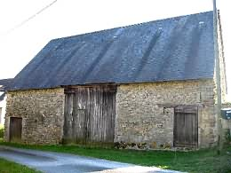 Barn for sale in Creuse with 575 sqm